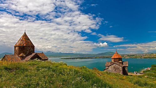 دریاچه زیبای سوان