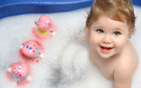 روش شستن و حمام کردن نوزاد