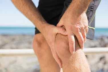 چگونه از زانو درد خلاص شویم؟