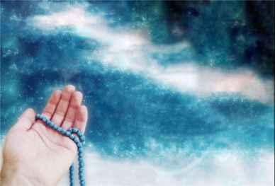 چه دعا و ذکری بخوانیم که ثروتمند شویم؟