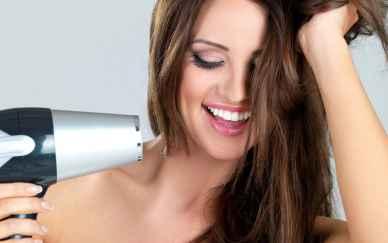 روش صحیح سشوار کردن مو