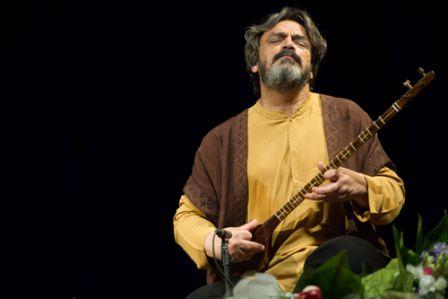بررسی موسیقی فیلم های کمدی در ایران