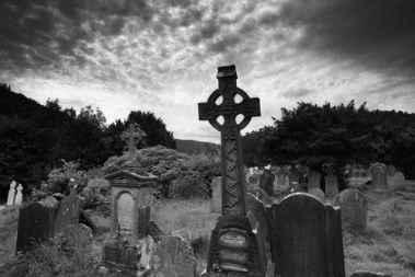 وحشتناکترین قبرستانهای دنیا