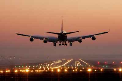 رشته مخابرات هواپیمایی