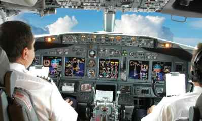 رشته هوانوردی – خلبانی