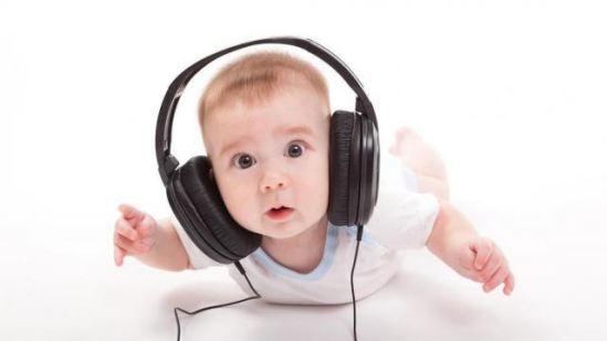 چرا شنیدن صدای ضبط شده مان غیر عادی است برایمان؟