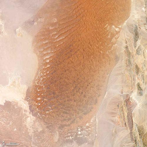 اسرار کویر لوت، داغ ترین نقطه زمین