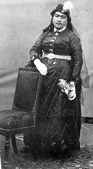 ماجرای انیس الدوله، زنی که واقعا عاشق شاه قاجار بود!