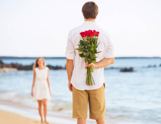 6 مورد که نشان می دهد یک مرد شما را دوست دارد