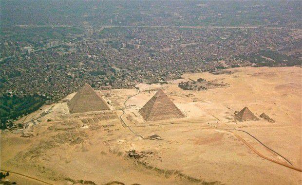 هرم بزرگ جیزه (Great Pyramid of Giza)