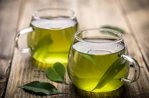 خواص نوشیدن چای سبز