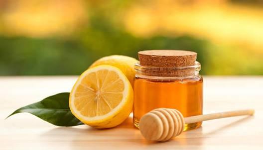 رفع گرفتگی صدا با آبلیمو و عسل