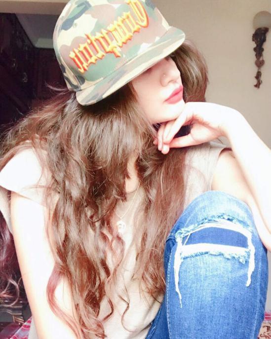 عکس پروفایل دخترونه با کلاه